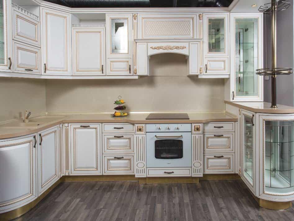 Кухня массив с патиной фото
